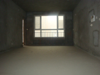 奥体花城小高层3房2厅毛坯出售