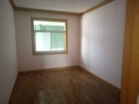 涧西区周山路周山公寓3房2厅简装出售