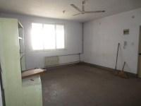西工区棉麻路棉麻路18号院三室出售
