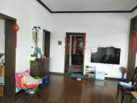 平桥区平安大道信瓷小区房厅出售