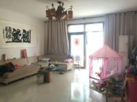 浉河区春晓路沁馨苑4房2厅简单装修出售