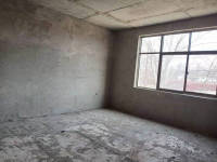 浉河区工区街平西八组自建房房厅出售