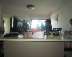 湖里区台湾街国联大厦3房2厅中档装修出售