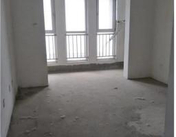 许昌新区魏庄街镜湖花园三室出售