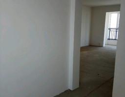北新区延安路广杰龙湖华庭三房出售