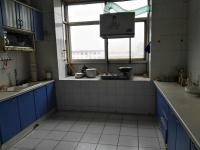 文峰德隆街老师院家属院4房2厅简单装修出售
