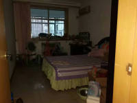 文峰东工路莲花公寓3房2厅简单装修出售