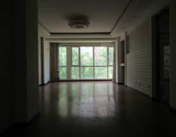 金凤区正源北街紫云华庭房厅出售