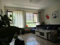 金凤区宝湖中路鲁银城市公元1房2厅精装修出售