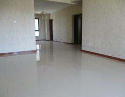 稀土开发区富强南路三江尊园4房2厅中档装修出售