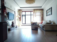 庄河永兴街与泰昌路交汇处华宸名城房厅出售