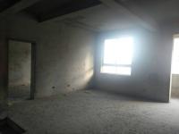 高新区世纪路中华新天地电业局家属院4房2厅毛坯出售