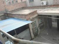 解放区工业路百货公司家属院6房1厅简单装修出售