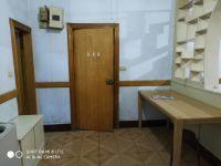 解放区和平街塔南路小学商住楼房厅出售