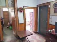 解放区站前路铁路家属院房厅出售