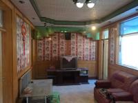 解放区烈士街铁路一号院西院房厅出售