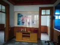 温县人民大街芳草房厅出租