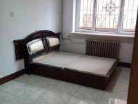 红山区钢铁西街环宇小区2房1厅简单装修出售