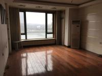 顺城区临江路河畔嘉园3房1厅中档装修出售