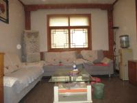 淇滨黄山路卫生局家属院4房2厅简单装修出售