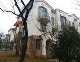 温泉龙潭大道碧桂园龙潭柳色3房2厅简单装修出售