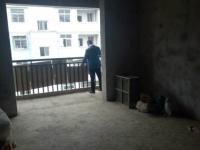 咸安河堤西路西河村房厅出售