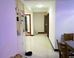 咸安滨河西街中央城房厅毛坯出售