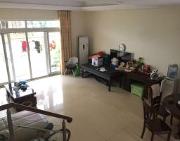 咸安盘泗洲碧桂园芷岸青林4房2厅简单装修出售
