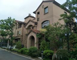 温泉麦笠山路碧桂园泊林2期房厅出售
