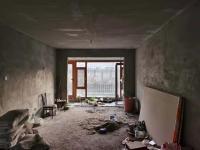船营区珲春北街首创国际4房2厅简单装修出售