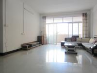 惠东县平山侨丰花园4房2厅简单装修出租
