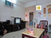 惠东县平山南湖食出宿舍3房2厅简单装修出售