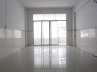 惠东县平山银基昌盛小区3房2厅简单装修出售