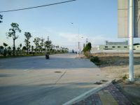 惠东县大岭恒展中心附近工业地皮3830平方米出售(有32间门面)