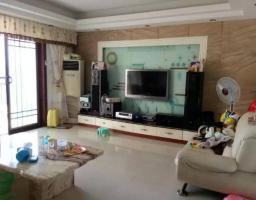 惠东县平山碧湖花园3房2厅简单装修出售