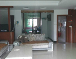 惠东县平山龙源阁3房2厅简单装修出售