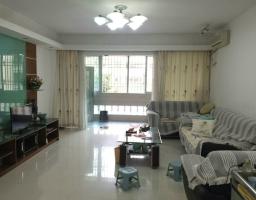 惠东县平山湖景花园3房2厅中档装修出售