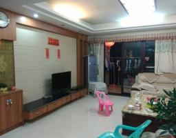 惠东县平山华景花苑4房2厅中档装修出售