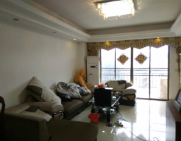 惠东县平山金路达3房2厅中档装修出售