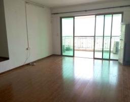 惠东县平山金河湾花园4房2厅简单装修出售