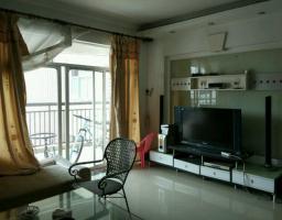 惠东县平山碧湖花园4房2厅简单装修出售