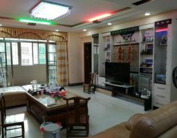 惠东县平山金华楼小区3房2厅精装修出售