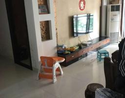 惠东县平山滨河花园4房2厅精装修出售(包车位)