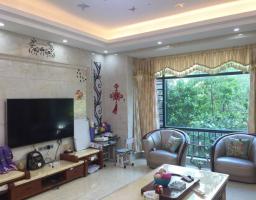 惠东县平山怡景湾5房2厅高档装修出售