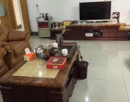惠东县平山威华苑3房2厅精装修出售