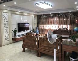 惠东县平山中航城5房2厅高档装修出售