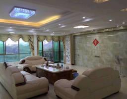 惠东县平山景园大厦4房2厅精装修出售