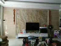 惠东县平山兴银小区3房2厅精装修出售