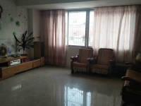 惠东县平山建设路宿舍3房2厅中档装修出售