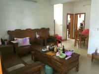惠东县平山湖滨花园4房2厅中档装修出售